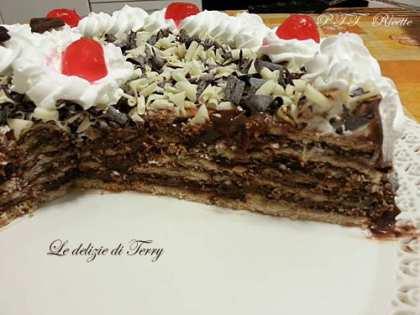 Torta mattonella con crema al cioccolato