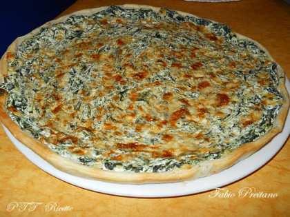 Torta salata con ricotta, spinaci e fontal