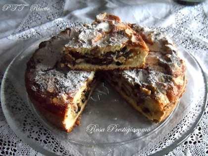 Torta sbriciolata con frutta secca