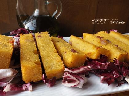 Tranci di polenta al forno con pancetta
