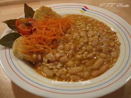 Zuppa di fagioli cannellini con orzo